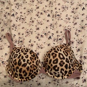 EUC VS PINK cheetah push-up bra